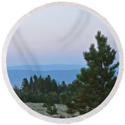 Daybreak On The Mountain Round Beach Towel