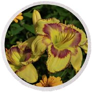Round Beach Towel featuring the photograph Daylilies And Zinnia by Sandy Keeton