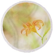 Daylily Round Beach Towel