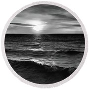 December 20-2016 Sunrise At Oro Station Bw  Round Beach Towel