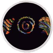 Deep Sea Shell Trio Round Beach Towel
