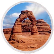 Delicate Arch From Lower Viewpoint Round Beach Towel