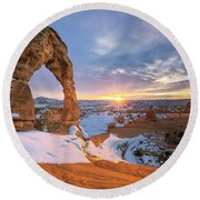 Delicate Arch Winter Round Beach Towel