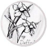 Delightful Daffodils Round Beach Towel