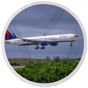 Delta Air Lines 757 Airplane N557nw Art Round Beach Towel by Reid Callaway