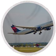 Delta Airlines Jet N827nw Airbus A330-300 Atlanta Airplane Art Round Beach Towel