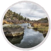 Deschutes River At Eagle Crest Round Beach Towel