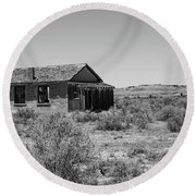 Desert Home Past Round Beach Towel