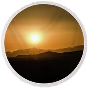 Desert Mountain Sunset Round Beach Towel