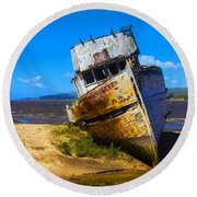 Deserted Beached Boat Round Beach Towel
