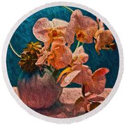 Designer Floral Arrangement Round Beach Towel