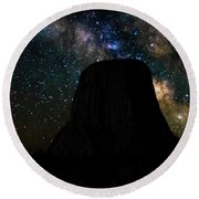 Devils Tower And Milky Way Round Beach Towel