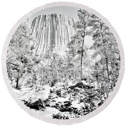 Devils Tower Wyoming Round Beach Towel