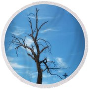 Round Beach Towel featuring the photograph Dia De Los Muertos by Lynn Geoffroy