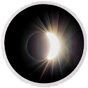 Round Beach Towel featuring the photograph Diamond Ring With Flare During Solar Eclipse by Lori Coleman