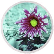 Digital Daisy And Drops Round Beach Towel