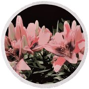 Digitalized Lilies Round Beach Towel