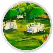 Dining In The Park Round Beach Towel