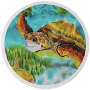 Diving Conch Round Beach Towel