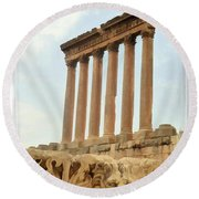 Do-00314 The 6 Corinthian Columns In Baalbeck Round Beach Towel