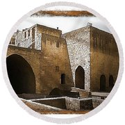 Do-00422 St Gilles Citadelle Round Beach Towel