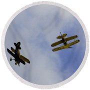 Dogfight Round Beach Towel