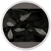 Foglie Morte Round Beach Towel