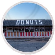 Donut Shop No Longer 3, Niceville, Florida Round Beach Towel