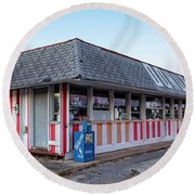 Donut Shop No Longer, Niceville, Florida Round Beach Towel