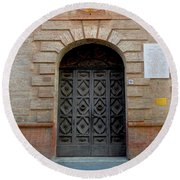 Door In Ferrara, Italy Round Beach Towel