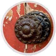 Door Knob On Red Door Round Beach Towel by Lainie Wrightson