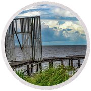 Door To Dock Round Beach Towel