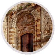 Doorway In Akko Round Beach Towel
