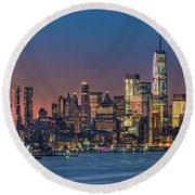 Downtown And Freedom Tower Round Beach Towel