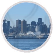 Downtown View From North Vancouver Round Beach Towel