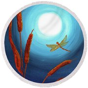Dragonfly In Teal Moonlight Round Beach Towel
