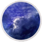 Dramatic Cumulus Sky Round Beach Towel
