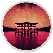Dream Of Japan Round Beach Towel