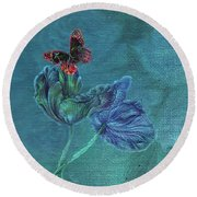 Dreamy Tulip With Gemlike Butterfly Round Beach Towel
