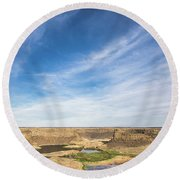Dry Fall, Washington Round Beach Towel