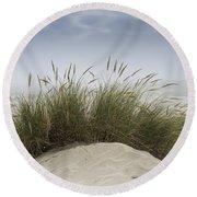 Dune Grass Along The Oregon Coast Round Beach Towel