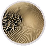 Dunes Footprints Round Beach Towel