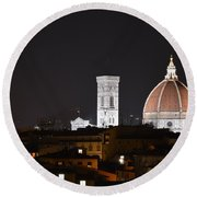 Duomo Up Close Round Beach Towel