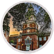 Dusk At Independence Hall Round Beach Towel