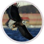 Eagle Flying Round Beach Towel