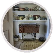 Early American Style Round Beach Towel