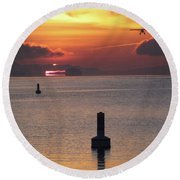 Early Flight Round Beach Towel