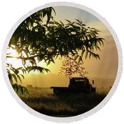 Early Morning In Watsonville Round Beach Towel