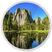 Early Morning View At Cathedral Rocks Vista Round Beach Towel