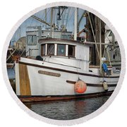 Round Beach Towel featuring the photograph Early Spring by Randy Hall